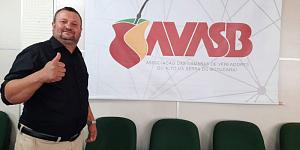 Vereador Ivonir Camargo Ortiz é eleito como novo presidente da AVASB